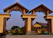 Emerald-Place-Hotel-(Nay-Pyi-Taw)